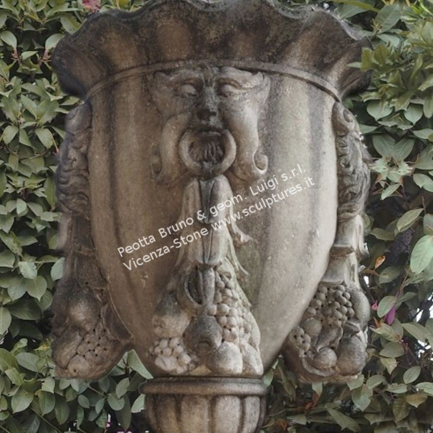 R026 Handcarved Decorated Urn