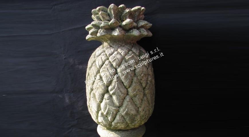 203 Ananas Finial