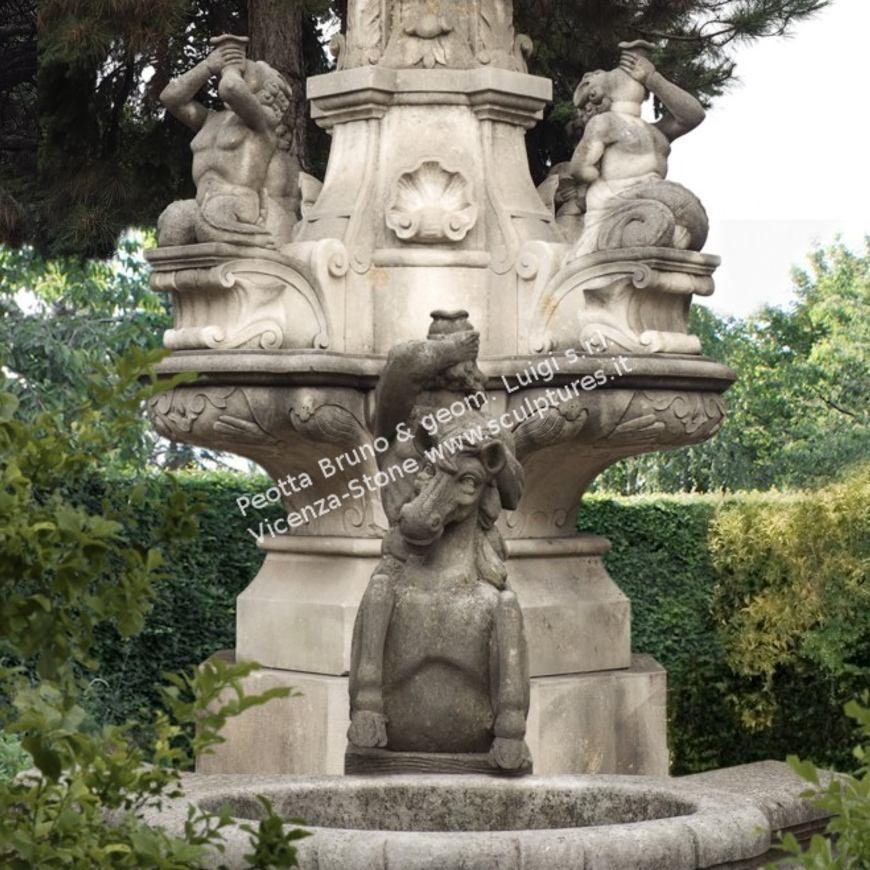 R033 Natural Stone Neptune Fountain