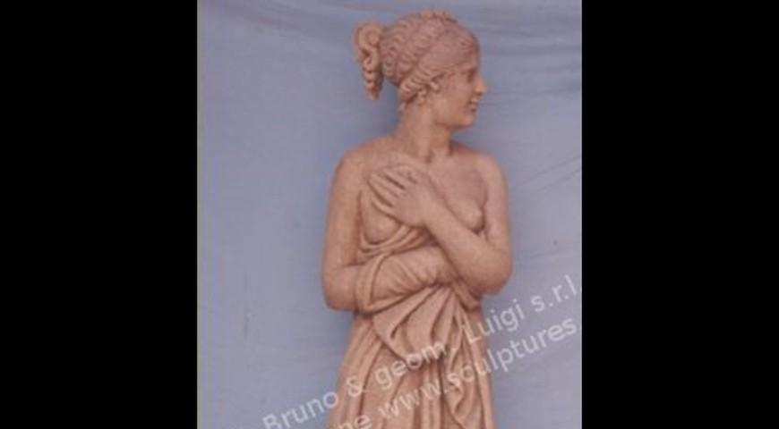 359 Venere Statue
