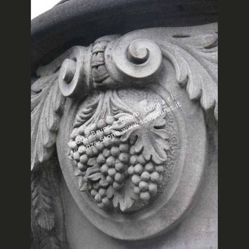 R049 Finials with Seasons