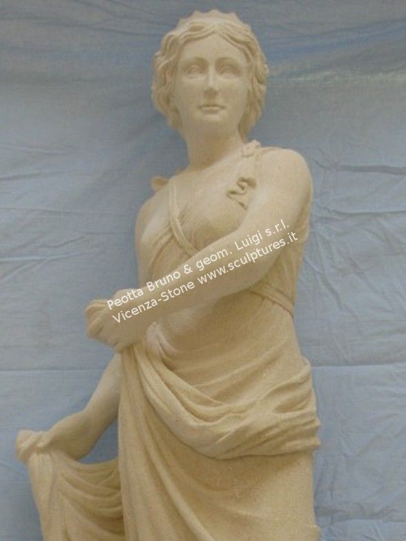 450 Juno Statue
