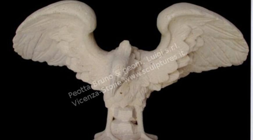 405 Eagle Statue