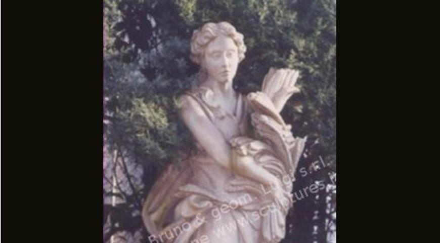 363 Summer Statue