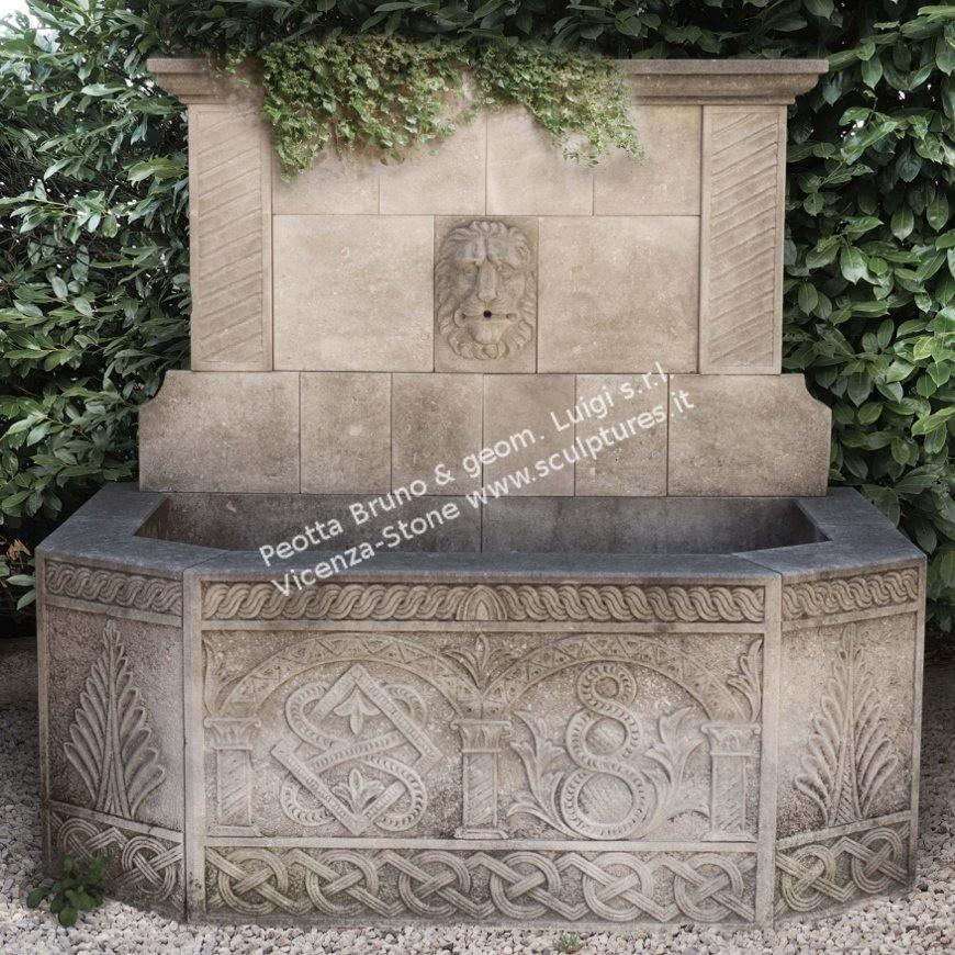 R051 Wall Fountain