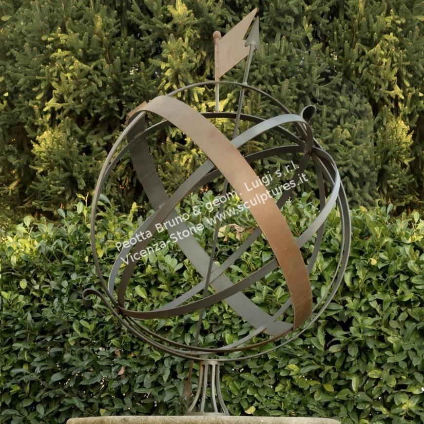 R042 Large sundial