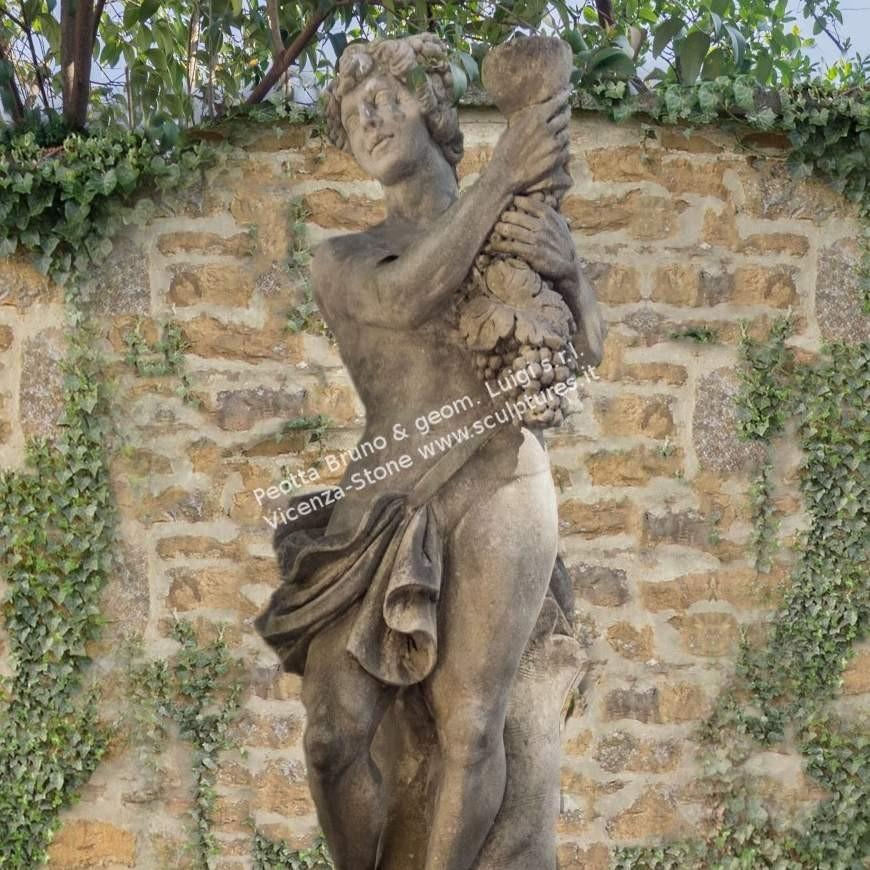 R065 Bacco Statue