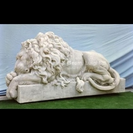 003 Canova Sleeping Lion