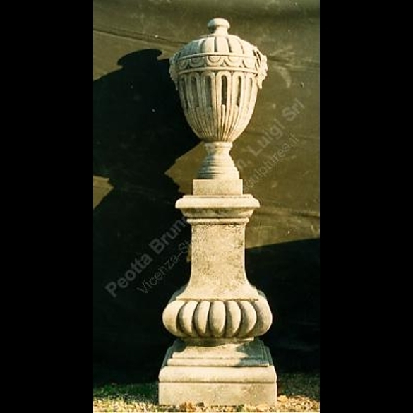 012 Finial with Mask
