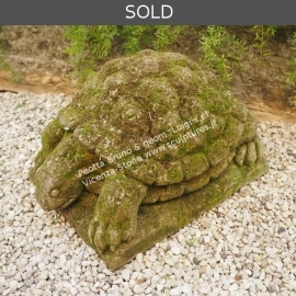 R039 Turtle Sculpture