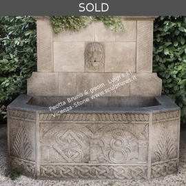 R051 Stone Wall Fountain